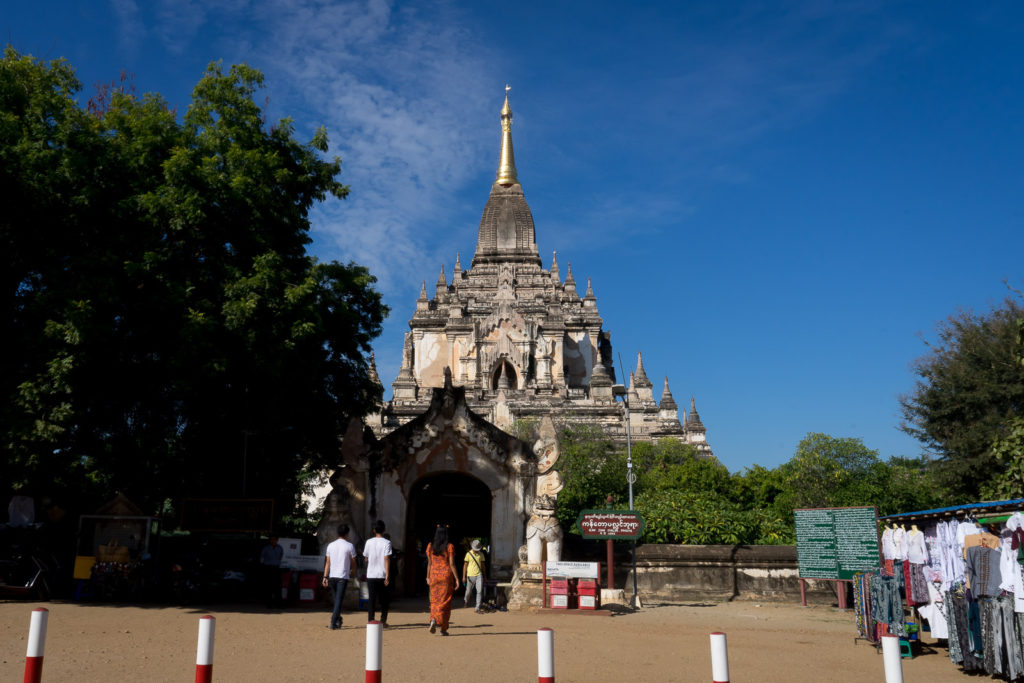 temple hopping in Bagan with kids